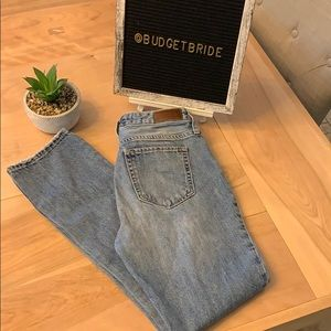 2/$15 Hollister High rise button fly jeans